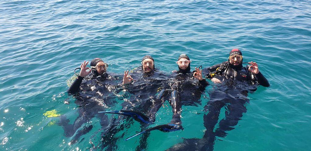 Bateig Submarinisme i Immersió al mar des d'embarcació
