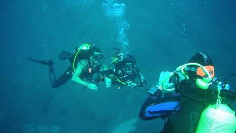 Experiències El Trull Accommodation</br>Allotjament + Submarinisme (Bateig Immersió)